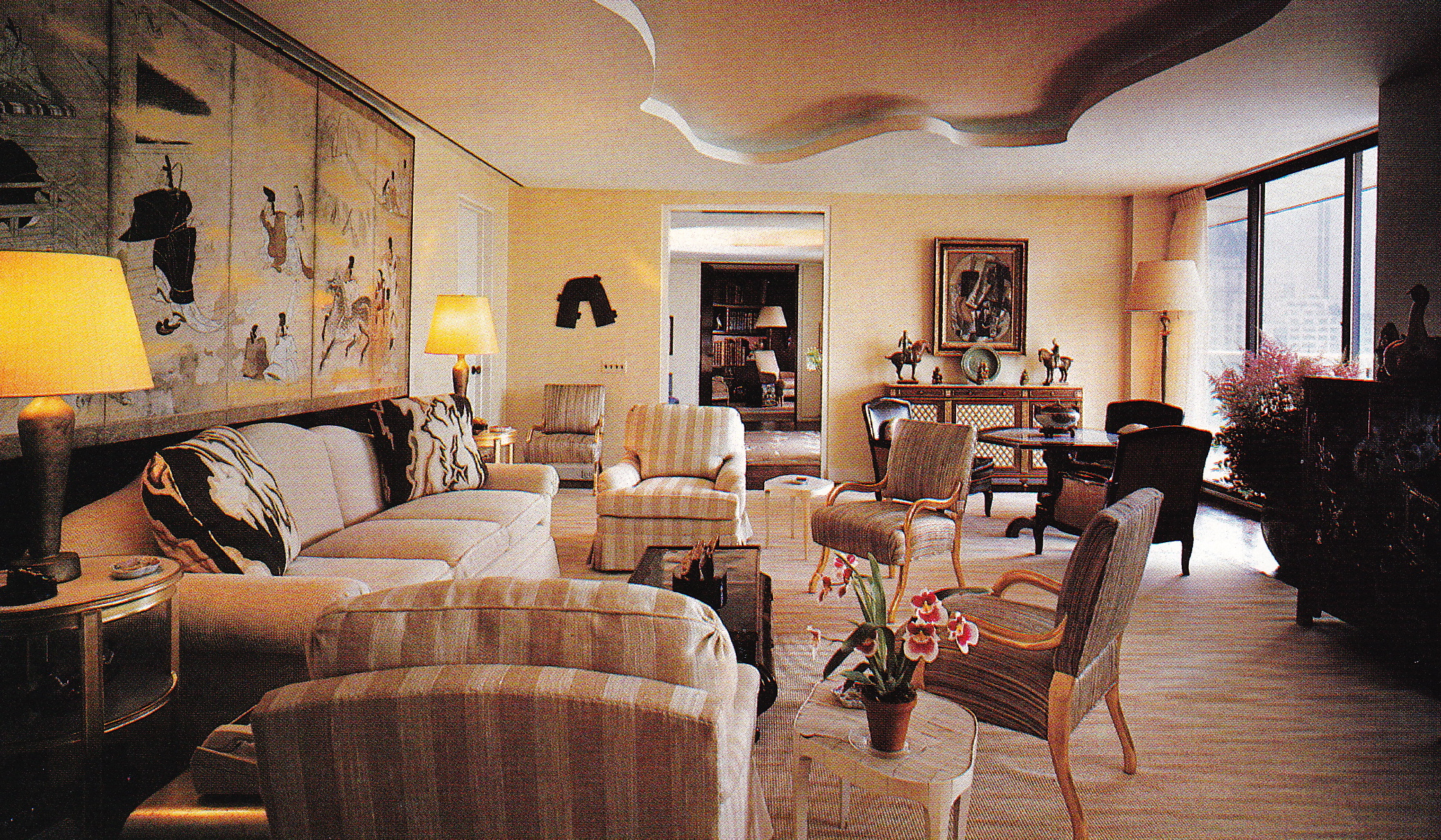 Living room designed by Albert Hadley for Happy