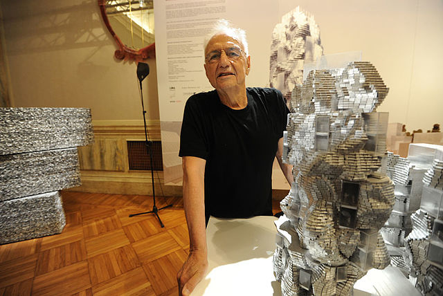 Frank_O._Gehry_-_Parc_des_Ateliers.jpg