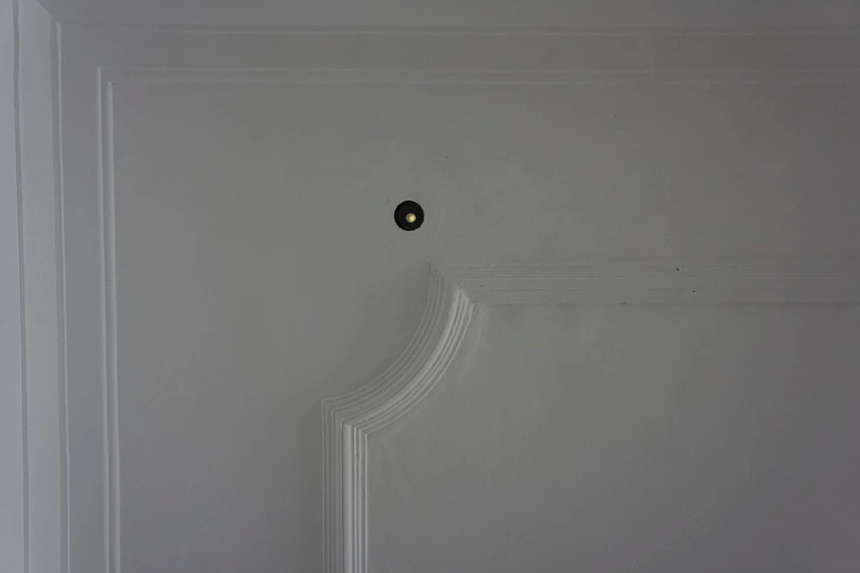 賴志盛 垂直 II 2019 裝置 尺寸依場地而定 Lai Chih-Sheng Vertical II 2019 Installation Dimensions Variable Photo credit: Crane Gallery