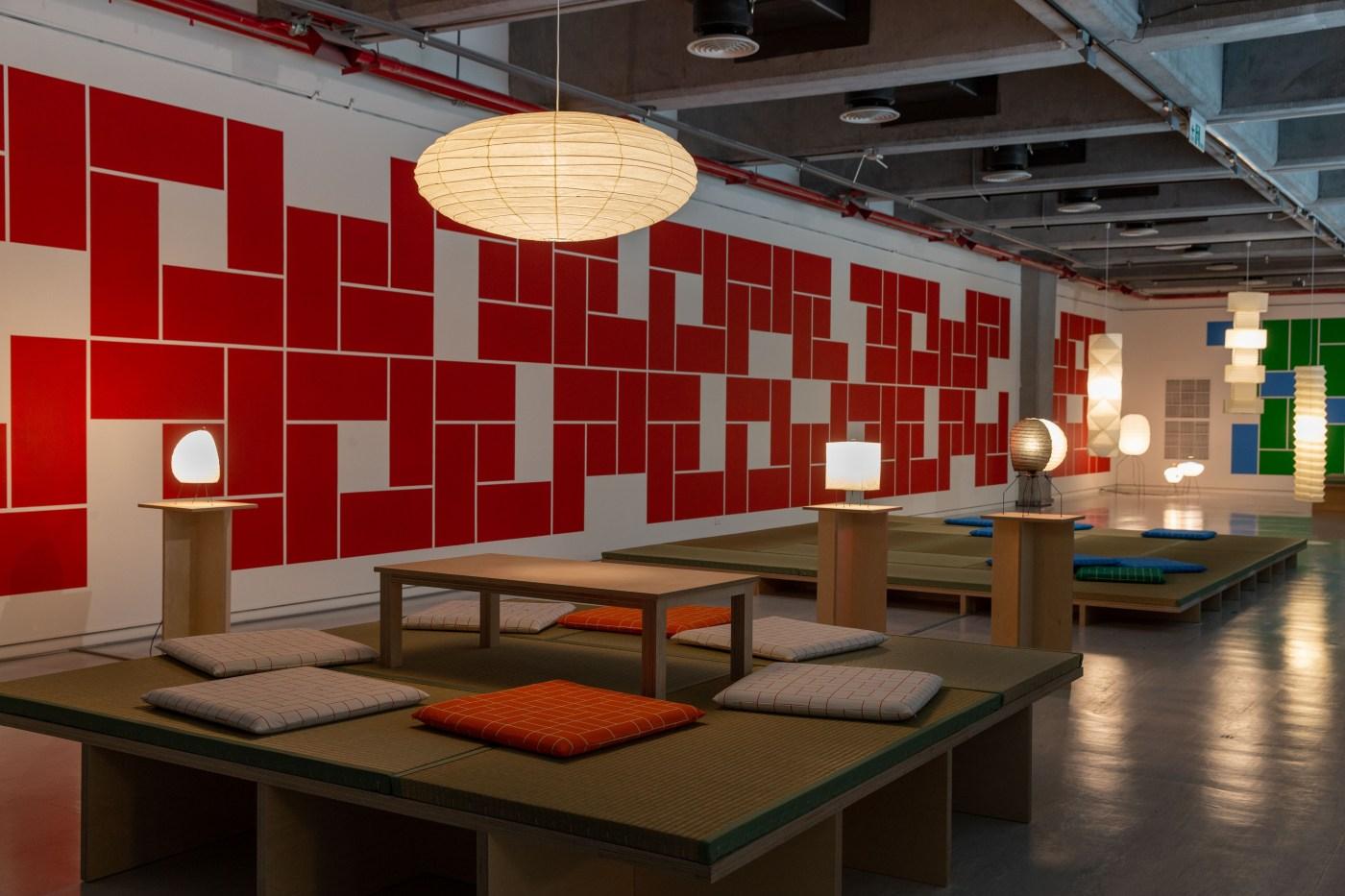 林明弘「24/7」計畫主題光牆,臺北市立美術館提供。