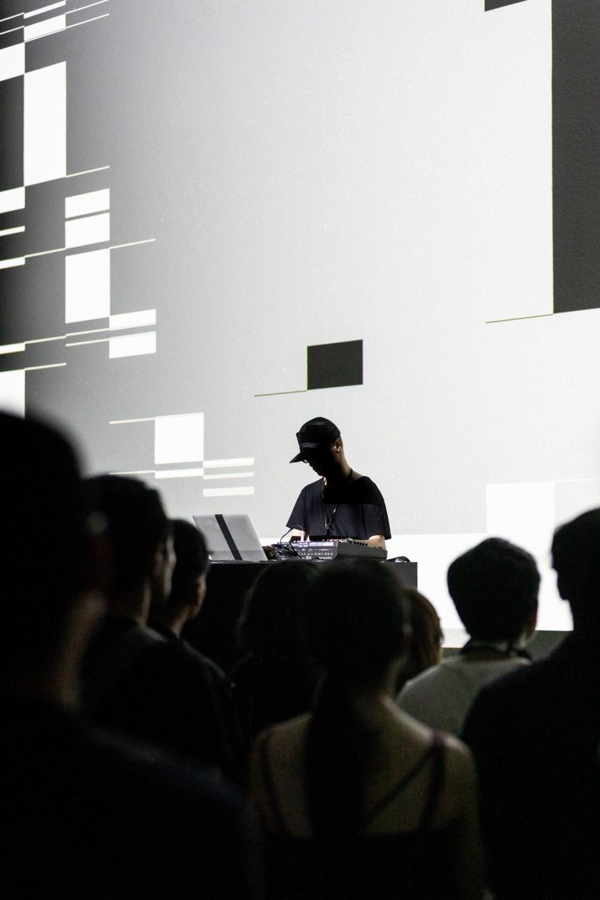 Ryoji Ikeda Live Set 池田亮司現場音樂會©TFAM