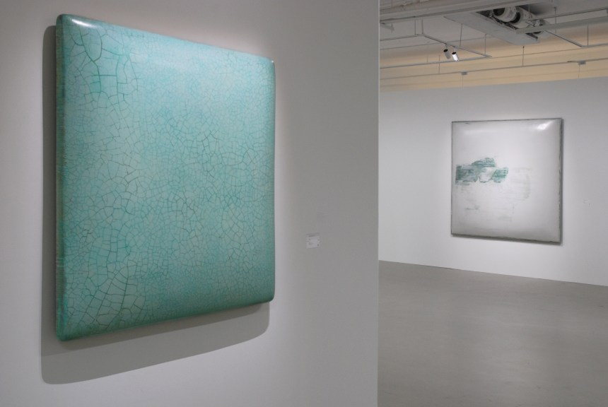 1D31 上線:後臺 / 1D31 Online: Back - end Installation View. Courtesy of Tina Keng Gallery and TKG+