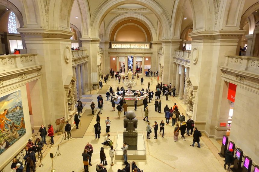 The Great Hall of the Metropolitan Museum of Art in New York. Photo by Daderot, via Wikimedia Commons.