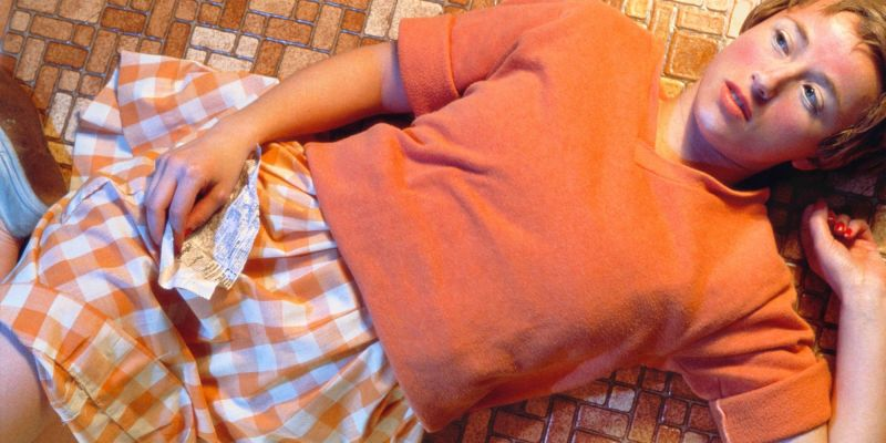 Untitled 1981 Chromogenic color print 24 x 48 in / 60.96 x 121.92 cm, © Cindy Sherman Courtesy the artist and Hauser & Wirth