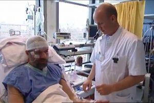 Wim Hof a Dr. Pikkers pri štúdii