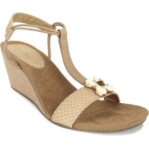 lindsay-phillips-megan-nude-snakeskin-wedge