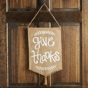mud-pie-give-thanks-door-flag-hanger