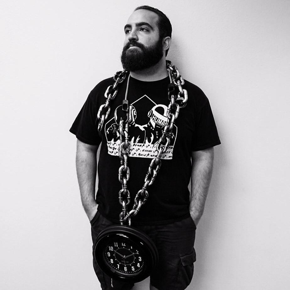 Michael Badal chains_edited