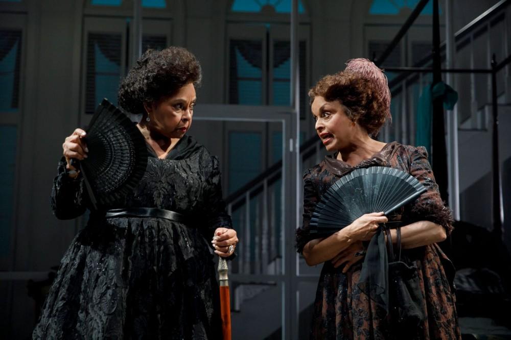 Lynda Gravátt and Marie Thomas. Photo by Joan Marcus