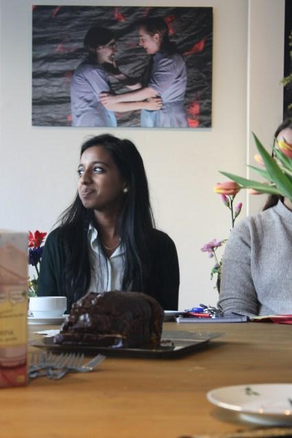 Nivetha Arulrajah lernt den Beruf der Kauffrau für Büromanagement