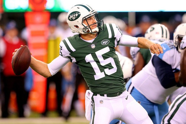 nfl-tennessee-titans-at-new-york-jets-46406cecd5b583a3