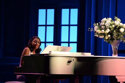 11. Beverley Knight (Rachel Marron) in The Bodyguard at the Dominion Theatre. Photo credit Alessandro Pinna