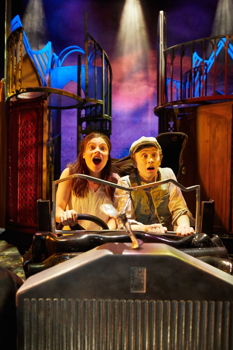 REVIEW  Awful Auntie  UK Tour  THEATRESS