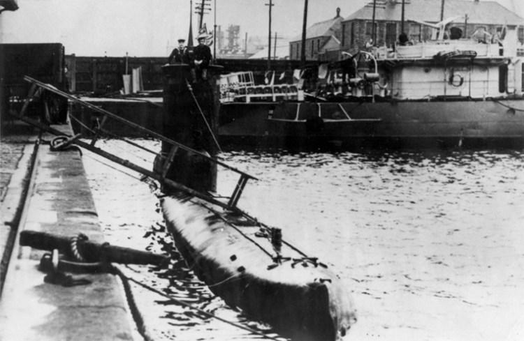 U-2326 à Dundee (Ecosse) en mai 1945.