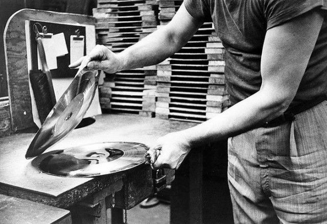 how_vinyl_records_were_produced_640_08
