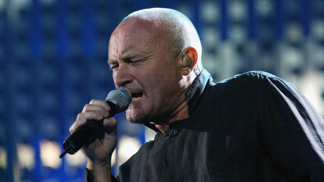 phil-collins-singing