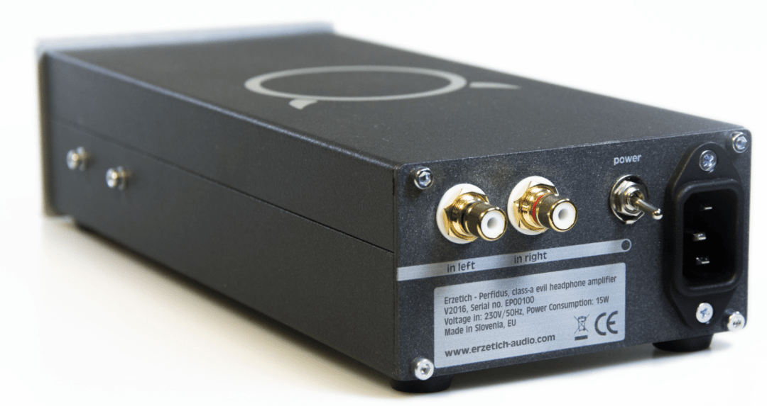 Perfidus headphone amplifier Form Erzitech