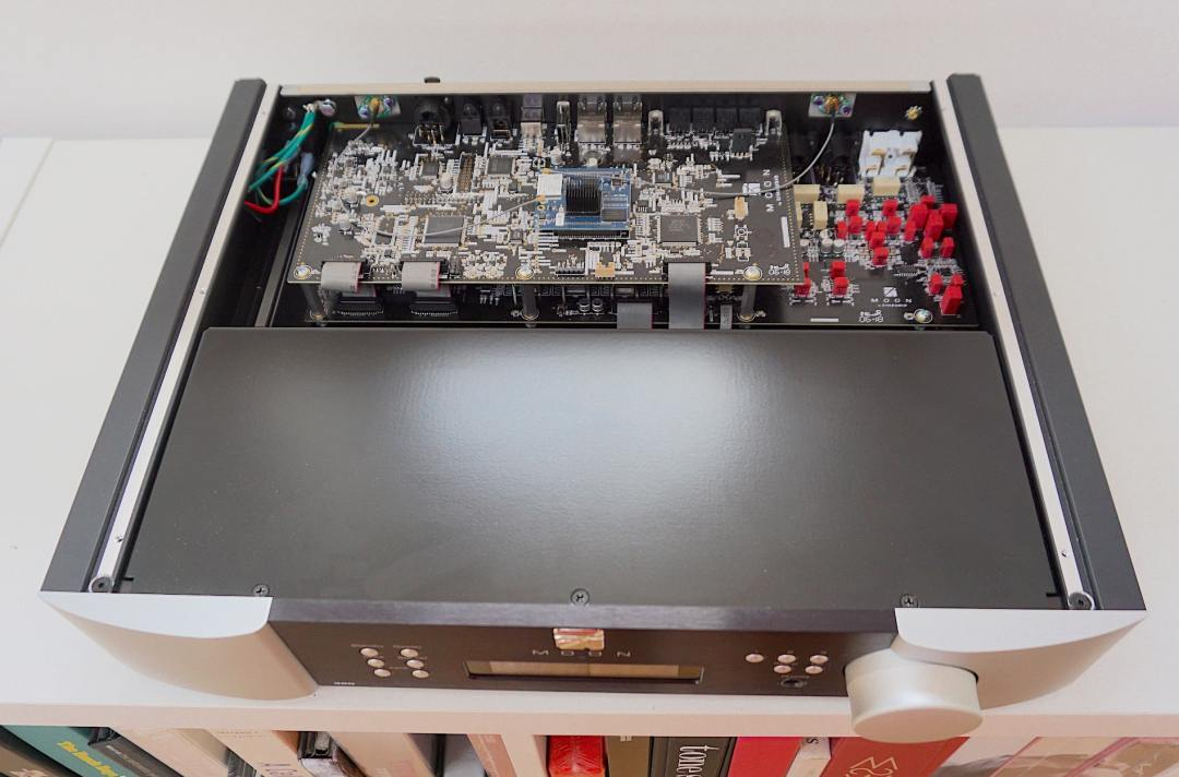 390 Streamer & Pre-Amplifier From Moon