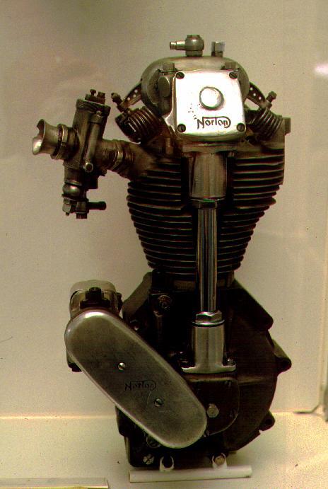 Одноцилиндровый двигатель