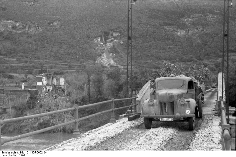 Грузовик Ford V3000 в 1943 году немецкого производства