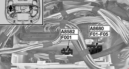 Предохранители и реле двигателя BMW 1 ( E81 / E82 / E87 / E88) 118i, 120i