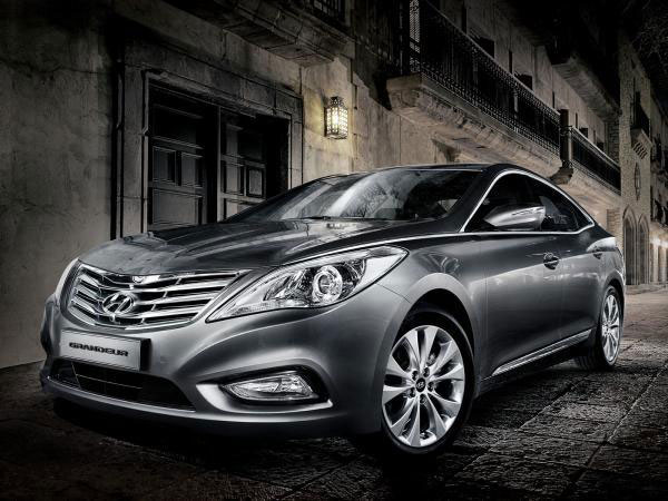 Hyundai Modernizes The Large Sedan With The Allnew Azera