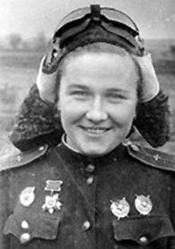 Nadezhna Popova, 19