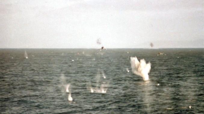 Argentine Skyhawks attack