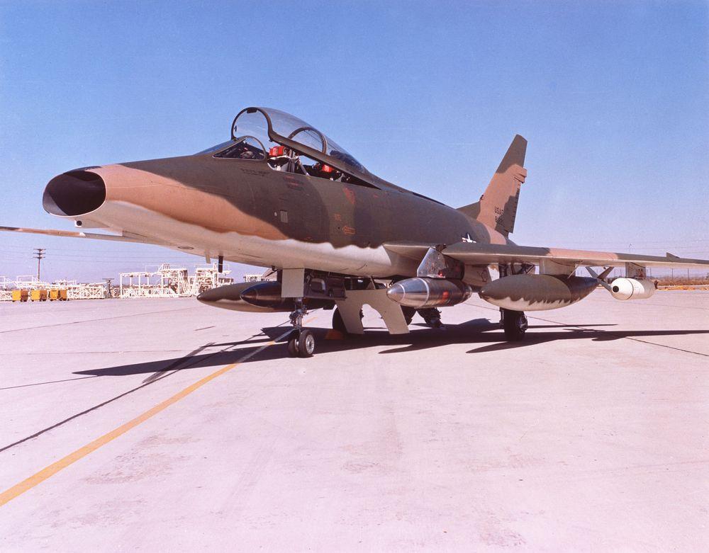 YGBSM, F-100F Wild Weasel I F-100F-USAF