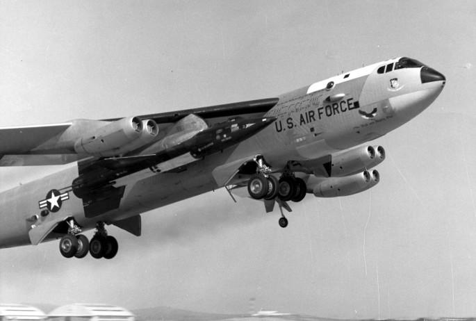 NB-52A & X-15