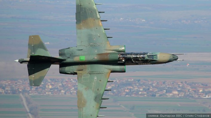 Bulgarian Air Force Su-25 and US A-10 train together 3