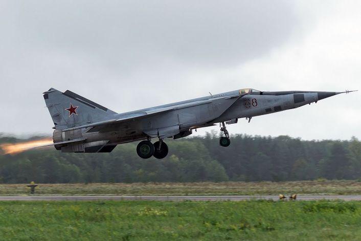Mig-25 side takeoff