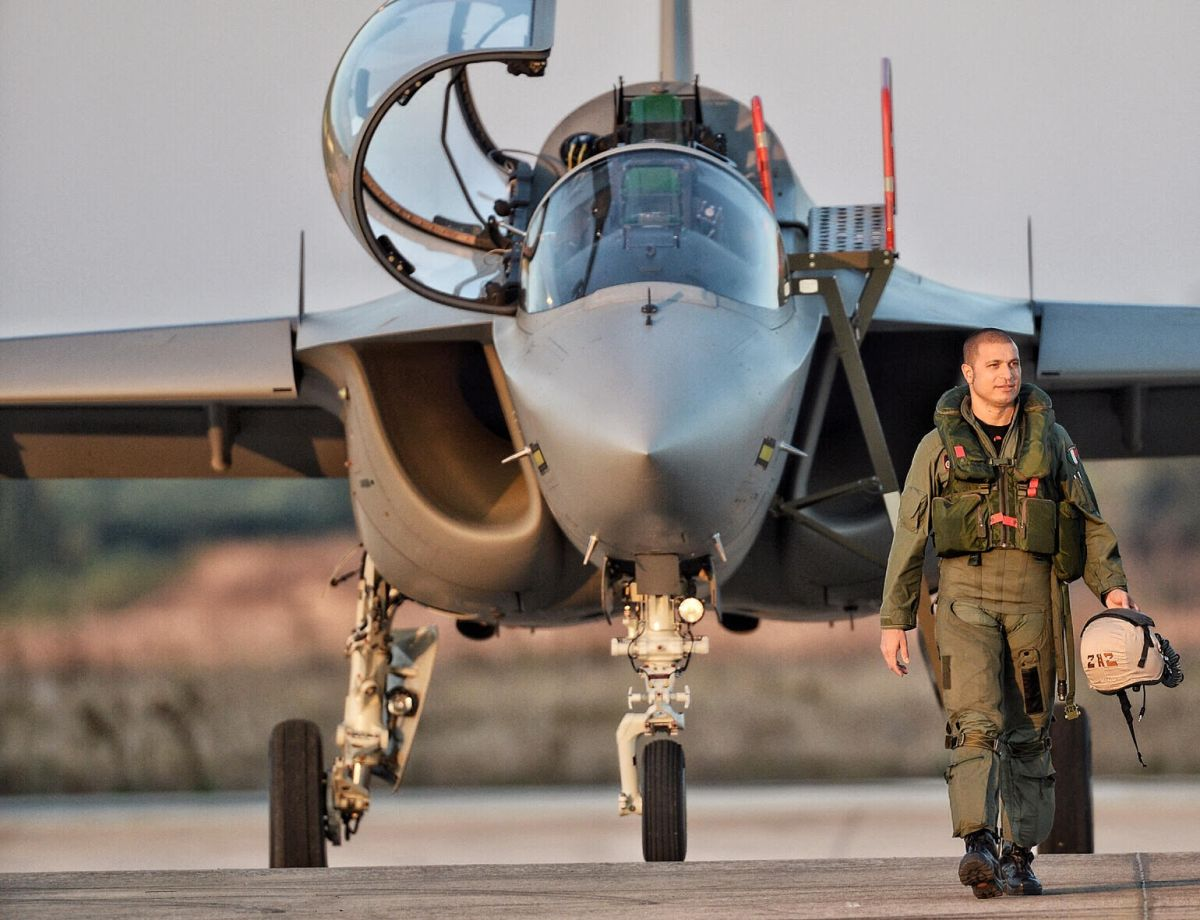 A fighter pilot joins The Aviationist's team: welcome on ...