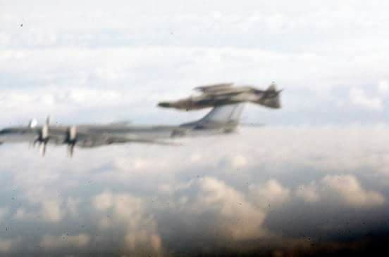 Rare Photo Shows F 4 Phantom Flying Inverted While Intercepting A