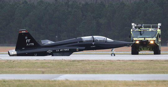 u s air force t 38 talon trainer damaged in virginia sixth t 38