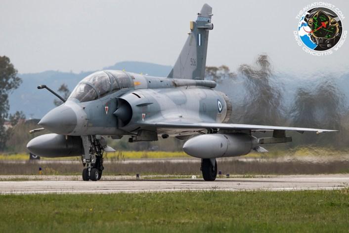 المقاتله الفرنسيه Dassault Mirage 2000  - صفحة 2 Mirage-2000-Iniochos