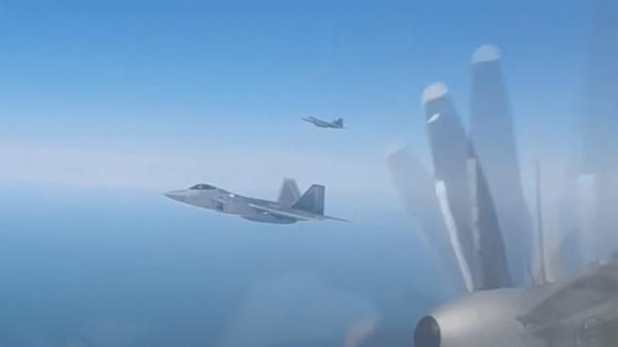 F 22 intercept Tu 95 - U.S. F-22s Intercept Russian Tu-95 bombers, Su-35 fighters and A-50 AEW Aircraft Entering Alaskan ADIZ