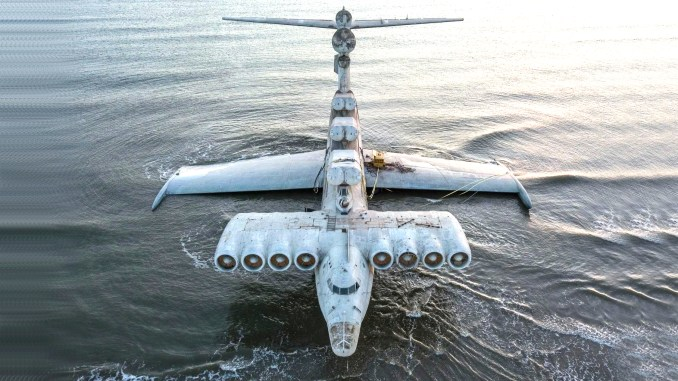Ekranoplan aerial - Take A Look At These Incredible Shots Of The Russia's Sole Completed Lun-Class Ekranoplan