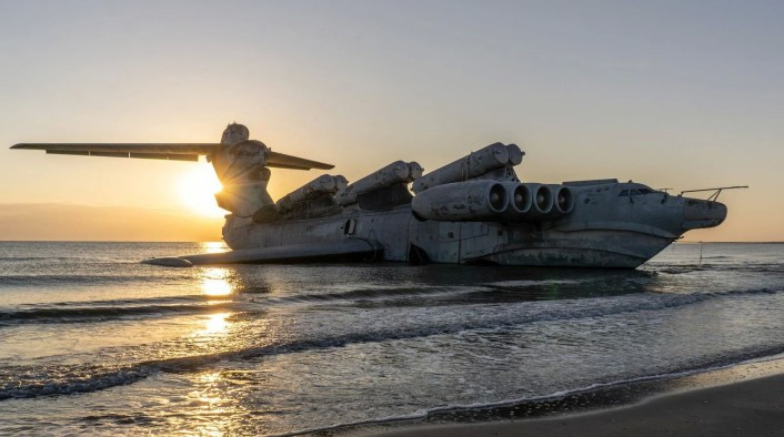 Ekranoplan top - Take A Look At These Incredible Shots Of The Russia's Sole Completed Lun-Class Ekranoplan