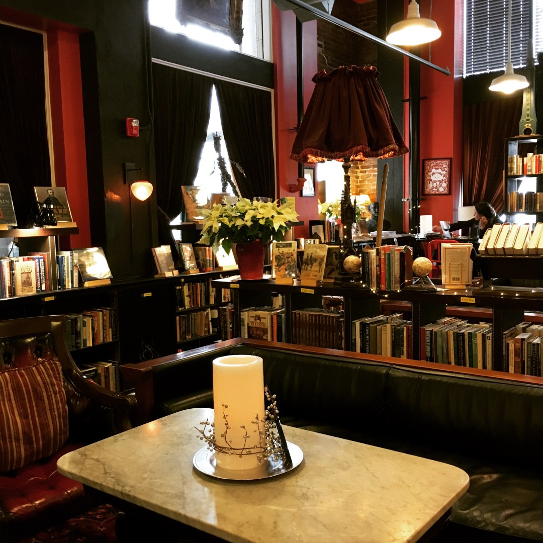 Battery Park Book Exchange & Champagne Bar