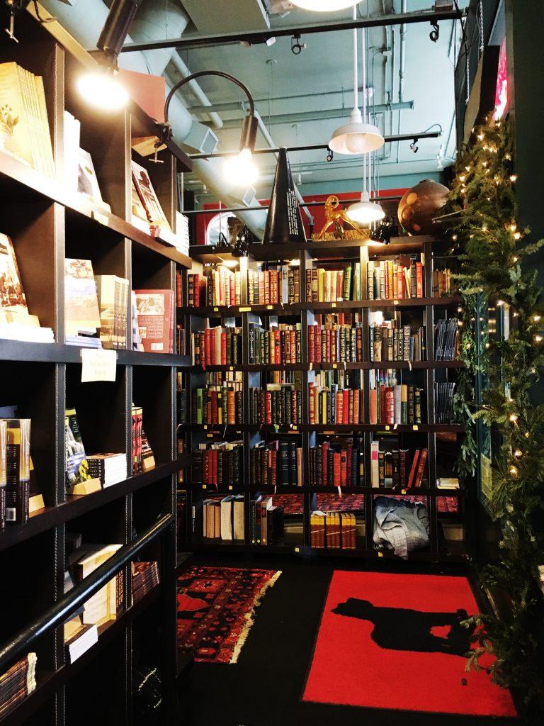 Battery Park Book Exchange & Champagne Bar