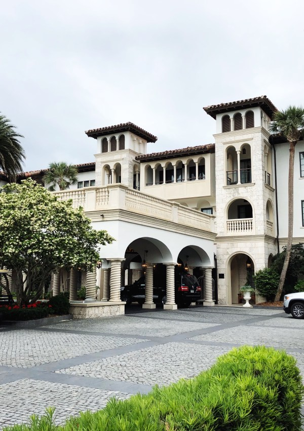 Checking In: The Cloister – Sea Island
