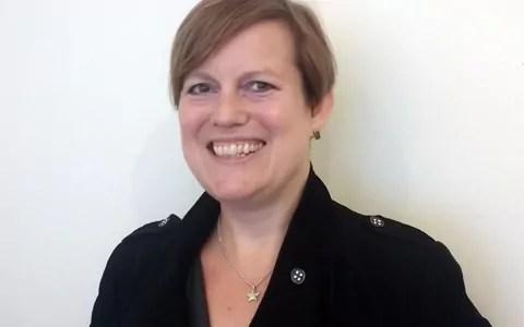 Donnah Hewlett