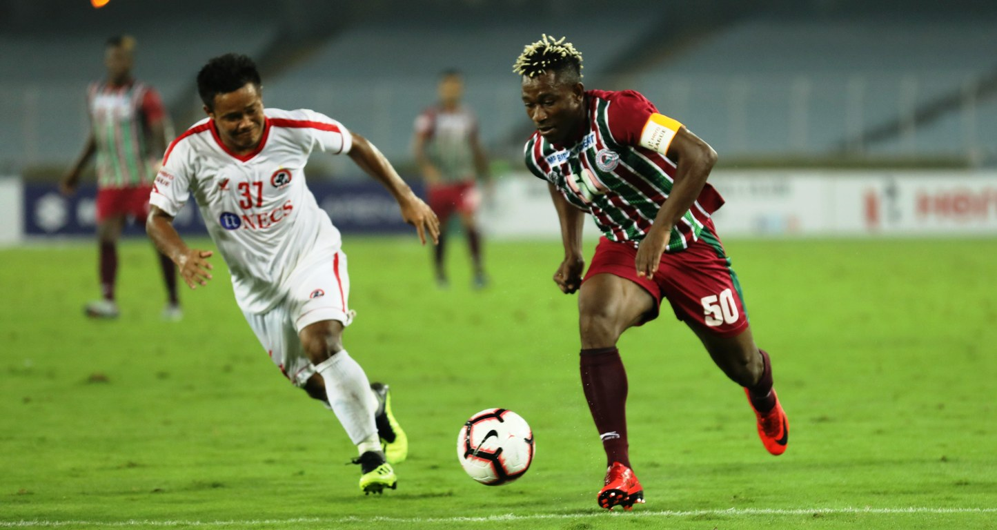 Mohun Bagan's Sony Norde in action against Aizawl FC at the Salt Lake Stadium. Photo Courtesy: i-league.org