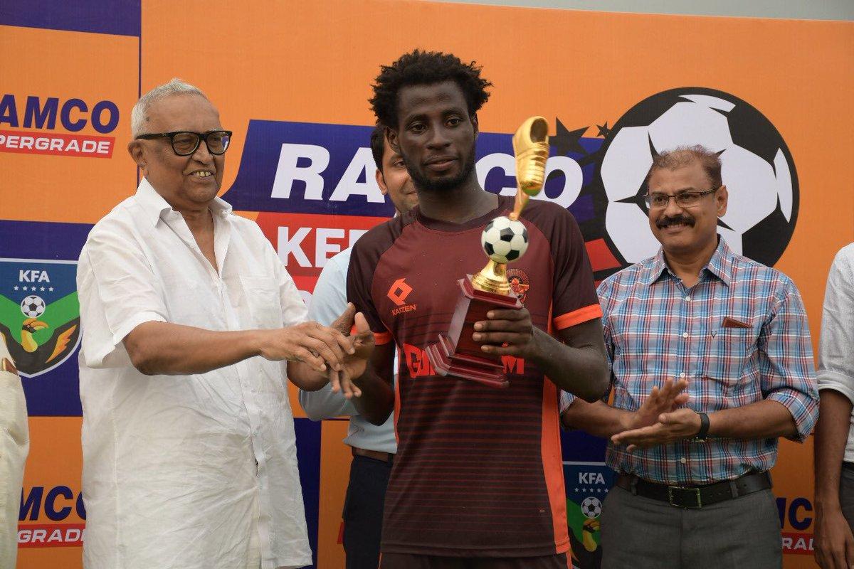 Christian Sabah receiving the Player of the Kerala Premier League 2018-19 award