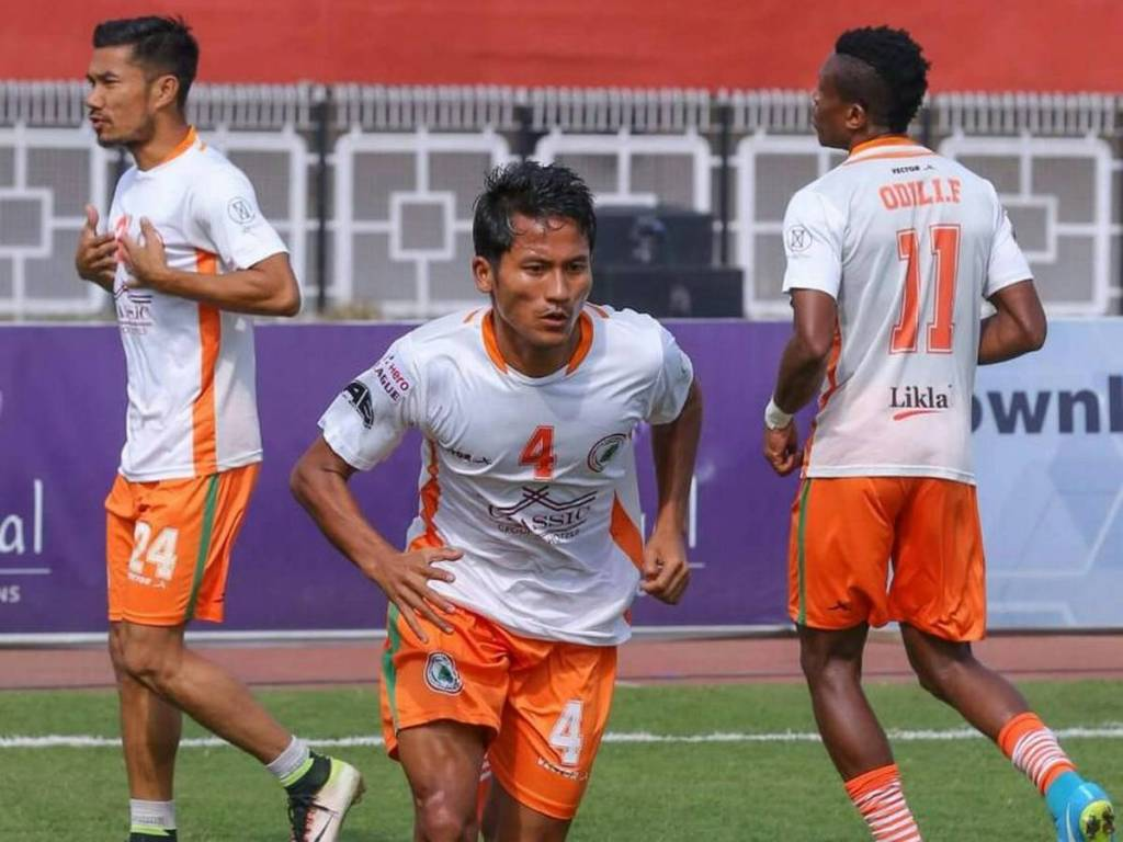 Fullback Tondonba Singh joins Mumbai City FC on a two-year contract