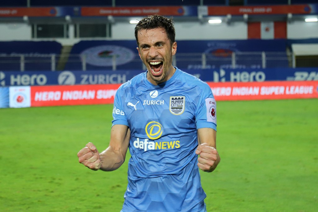 Spanish midfielder Hernán Santana moves to Northeast United FC