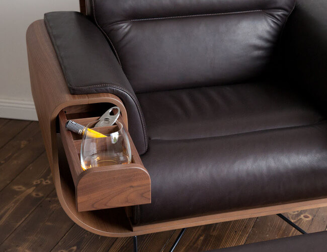 This Leather Cigar Chair Recliner Is a Dream Come True For