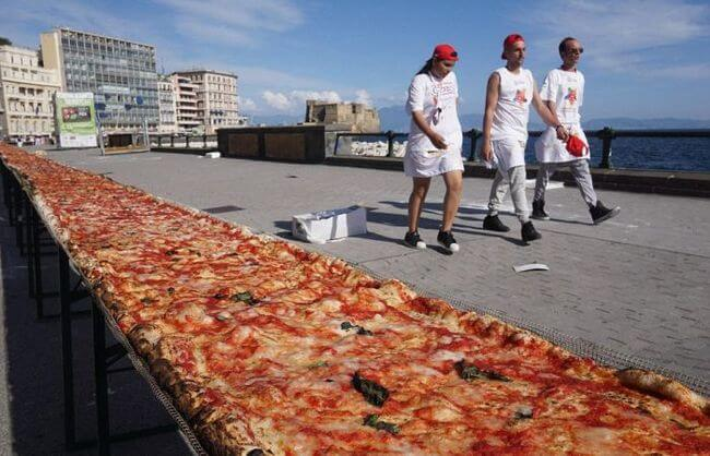 worlds longest pizza 8