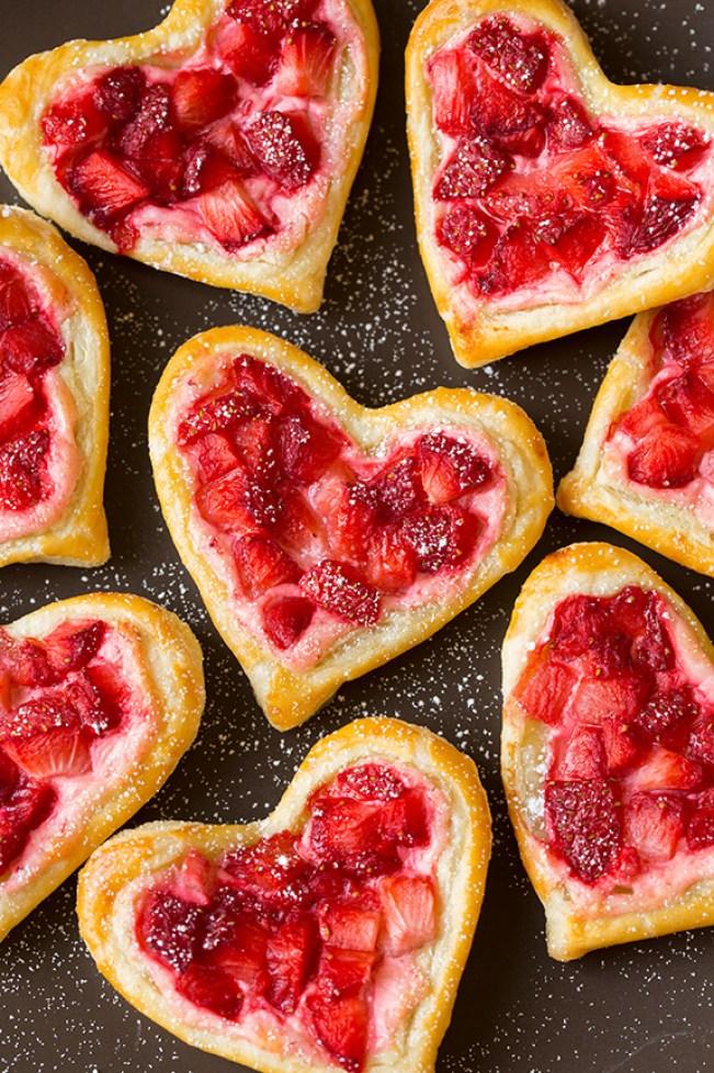strawberry cream cheese pastries (1)